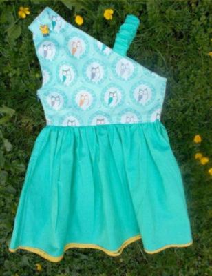 FREE SEWING PATTERN:  Catalina dress pattern