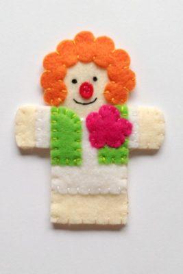 circus finger puppet - clown1