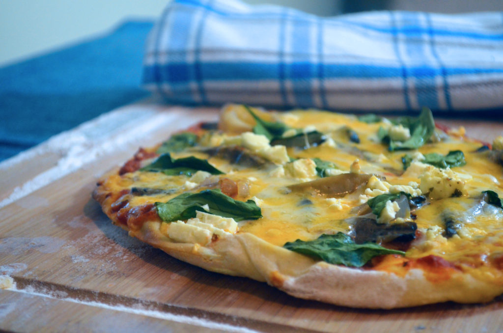 Quick and Easy Spinach and Mushroom Pizza